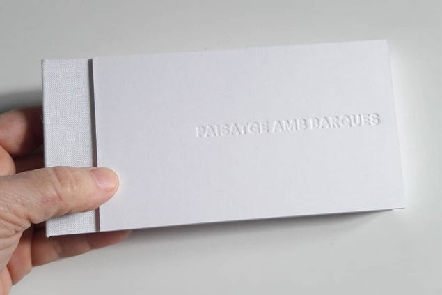 Libro de artista Paisatge amb barca Isabel Banal